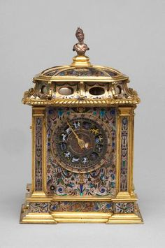 2nd Floor / On The Cerise Writing Desk, In The Cherise Bedroom / Ormolu Bronze/Brass Enamel Clock. before 1583