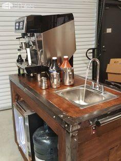 Pallet-clad Espresso Cart DIY Pallet Bars