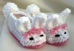 Bunny Slippers by MamaTCrafts on Etsy, $15.00