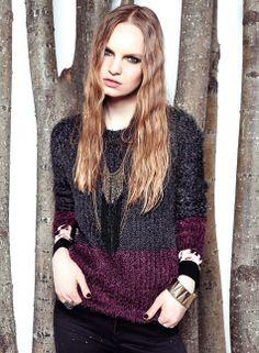 BASEMENT Sweater! Color blocking y texturas! Cool Sweaters, Color Blocking, Basement, Fashion, Moda, Root Cellar, Fashion Styles, Fashion Illustrations, Basements