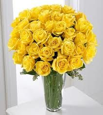 Yellow Roses with Glass  http://www.a1ahmedabadflowers.com/