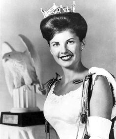 Miss America 1963 - Jacquelyn Mayer (b1942 - Sandusky OH). Currently a motivational speaker noted for recovering from a near-fatal stroke at age 28.