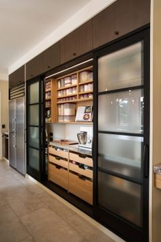 Are you in search of kitchen pantry shelving ideas? Then make sure to check out our collection of small pantry organization ideas! Kitchen Pantry Design, Best Kitchen Designs, Modern Kitchen Design, Home Decor Kitchen, Interior Design Kitchen, Kitchen Furniture, Kitchen Ideas, Pantry Cupboard, Wall Pantry