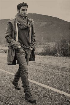 Colin O'Donoghue I have no words. He is just too gorgeous.... <3 #fangirling <3