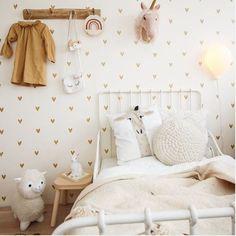 adorable kids room for your little princess Kitchen Decor Themes, Room Themes, Kids Decor, Room Decor, Home Decor Signs, Home Decor Items, Cheap Home Decor, Big Girl Bedrooms, Girls Bedroom