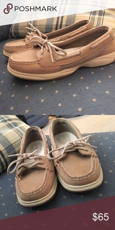 7.5 women's sperrys Great condition, bought online and worn 2 times. Only thing rubbed off is sperry logo inside on the heel. Sperry Shoes Flats & Loafers