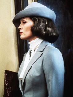 Chinatown Movie Costumes - Faye Dunaway Costume - Esquire