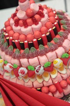 Tarta de chuches - Candy cake - Gâteau de bonbons