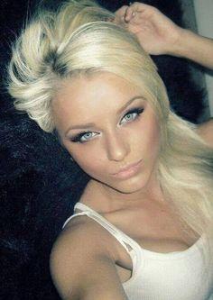 I like the eye make up Best Eyeshadow, Eye Make Up, Like Me, Makeup Looks, Lady, How To Make, Beauty, Women, Sign