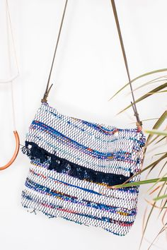 How to Make a DIY Cross Body Bag for Under $10