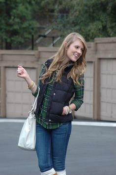 40 Cool Outfit Ideas with Puffy Vest                                                                                                                                                                                 More