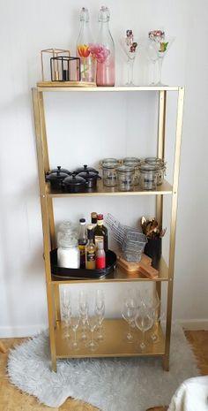 Diy shelf from ikea! Shelf named hyllis is sprayd in gold!