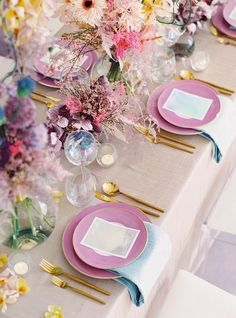Millennial Vogue-inspired prismatic wedding editorial with an ombré bridal gown - 100 Layer Cake Wedding Centerpieces, Wedding Decorations, Table Decorations, Spring Decorations, 100 Layer Cake, Wedding Table Settings, Deco Table, Wedding Trends, Event Decor