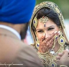 How To Look Your Best On Your Wedding Day. Photo by petramafalda On your big day, all eyes will be on you so you definitely want to look your best. Sikh Bride, Punjabi Bride, Sikh Wedding, Punjabi Wedding, Wedding Shoot, Wedding Ideas, Wedding Album, Wedding Themes, Must Have Wedding Pictures