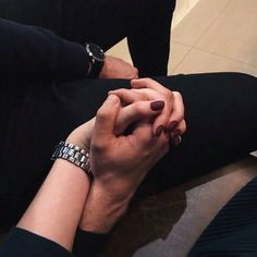 This Pin was discovered by 💙RøÜ✨MîÍ💠Couple Goals Relationships, Relationship Goals Pictures, Cute Muslim Couples, Cute Couples Goals, Classy Couple, Love Couple, Cute Couple Pictures, Love Photos, Couple Photography