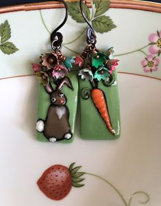 Joan Miller of Joan Miller Porcelain is the amazing talent behind these sweet little bunnies. Sweet Buns, Copper Accents, Big Design, How To Make Earrings, Handmade Jewelry, Hand Painted, Shapes, Christmas Ornaments, Holiday Decor