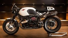 RocketGarage Cafe Racer: NINETINI' Martini Racing