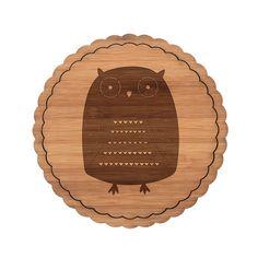 Untersetzer Rundwelle Eule Azteke aus Bambus  Coffee - Das Original von Mr. & Mrs. Panda.  Diese runden Untersetzer mit einer wunderschönen Wellenform sind ein besonderes Highlight auf jedem Esstisch. Jeder Gläser Untersetzer wurde mit viel Liebe handgefertigt und alle unsere Motive sind mit besonders viel Hingabe von unserer Designerin gestaltet worden.     Über unser Motiv Eule Azteke  Eulen leben weit verbreitet und es gibt sie in vielen verschiedenen Arten: Steinkauz, Schneeeule und die…