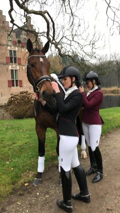 Equestrian Chic, Equestrian Girls, Equestrian Outfits, Riding Boot Outfits, Horse Riding Clothes, Riding Boots, Dressage Horses, Horse Tack, Equine Quotes