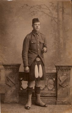 Queen's Own (Cameron) Highlanders 1914. This was my unit.