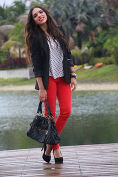 Black and White and Red all over. Love those spots