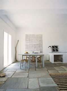 pebble shower floor in greece cyclades islands Home Interior Design, Interior Architecture, Interior And Exterior, Pebble Shower Floor, Floor Design, House Design, Greek Decor, Deco Nature, Home Office Decor