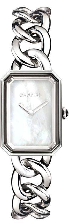 Chanel♥✤ | KeepSmiling | BeStayBeautiful LOVE it #Chanel #fashion