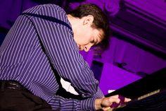 Der Pianist und Komponist Vadim Neselovskyi ist am kommenden Donnerstag, 8. Februar 2018, um 19.30 Uhr im Orchesterzentrum NRW zu Gast, um mit dem Kammerorchester des OZM NRW eigene Werke zu Gehör zu bringen.   #Dortmund #Klassik #Konzert #Kultur #Orchesterzentrum