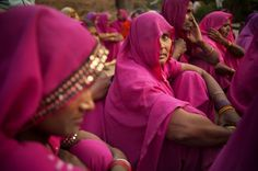 women for justice the gulabi gang - Bing Images