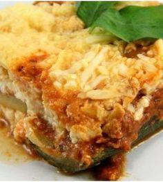Een snel makkelijk koolhydraatarm en eiwitrijk diner bereiden? Dat doe je door deze tonijn lasagne te maken. Voedzaam, vullend en lekker!