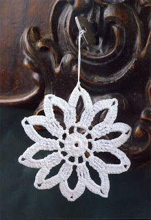 "Photo from album ""Horgolt csillagok"" on Yandex. Christmas Wreaths, Xmas, Christmas Ideas, Crochet Snowflakes, Irish Crochet, Crochet Flowers, Crochet Earrings, Pattern, Jewelry"