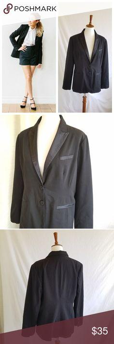 LC Lauren Conrad Black Suit Jacket Blazer Versatile style . Gently used . Like new . Beautiful!  #060104 LC Lauren Conrad Jackets & Coats Blazers