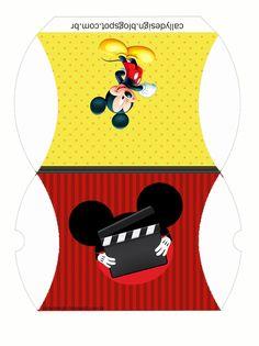 Um Blog com Kits Personalizados gratuitos de vários temas e muitas novidades para sua festa. Mickey Mouse Clubhouse Birthday, Mickey Party, Mickey Mouse Birthday, Minnie Mouse Party, Mouse Parties, Miki Mouse, Baby Birthday Decorations, Fancy Envelopes, Christmas Sheets