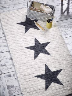 NEW Crochet Rectangular Star Rug