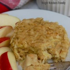 WW Microwave Mug Apple Pancake Puff Weight Watchers 20 Minute Lunches Microwave Apple Pancake Puff 4 Points Plus. Simple + Delicious Breakfast, Lunch Snack or Breakfast for Dinner Idea. A new fall favorite! Plats Weight Watchers, Weight Watchers Breakfast, Weight Watchers Meals, Mug Recipes, Apple Recipes, Free Recipes, Healthy Snacks, Healthy Eating, Healthy Recipes
