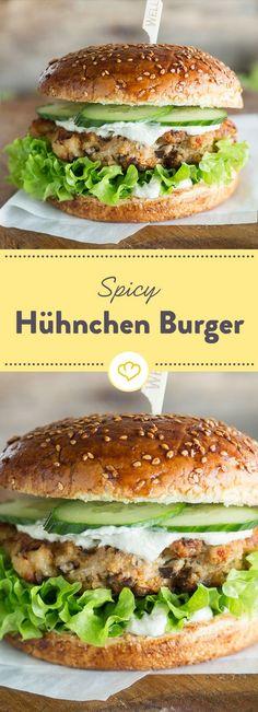 Fast Food ganz leicht: Mit scharfem Cayenne Pfeffer und würziger Sojasauce heizen dir diese Burger richtig ein - ohne dabei die Kalorientabelle zu sprengen.