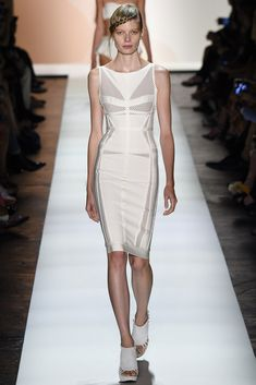 See all the Collection photos from Herve Leger By Max Azria Spring/Summer 2016 Ready-To-Wear now on British Vogue Fashion Week, Fashion Models, Fashion Show, Fashion Looks, Fashion Spring, Runway Fashion, Max Azria, Model Legs, Fashion Designer