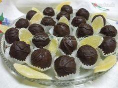 Ananásové krémové guľky Christmas Baking, Christmas Cookies, Czech Recipes, Desert Recipes, Mini Cupcakes, Truffles, Sweet Tooth, Cheesecake, Deserts