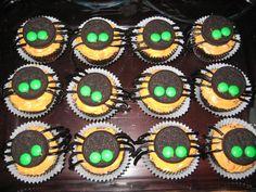 Cupcakes de chocolate decorados para halloween