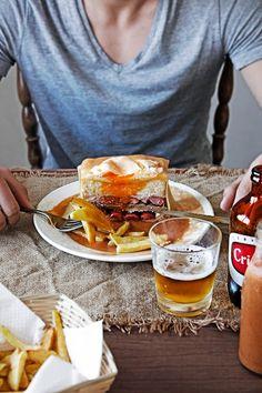 Pratos e Travessas: Francesinha - The queen of portuguese sandwiches