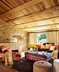 20 Divine Stone Walls Design Ideas For Enhancing Your Interior Beautiful Home Designs, Beautiful Interiors, Beautiful Homes, Cabin Style Homes, Log Homes, Decorating Blogs, Interior Decorating, Interior Design, Stone Wall Design