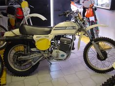 Motor Company, Vintage Racing, Offroad, Trail, Motorcycle, Classic, Vehicles, Derby, Rolling Stock