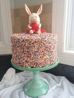 Olivia the pig cake with sprinkles!