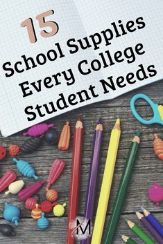 discount for college students Back to school shopping is just around the corner. Make sure you remember to get all of these school supplies for college. These are absolute must haves for college students! College Freshman Tips, College Nursing, College Success, College Dorms, College Essay, College Hacks, College Graduation, College School Supplies, Back To School Supplies