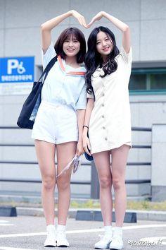 Ideas for photography friends men heart Kpop Girl Groups, Korean Girl Groups, Kpop Girls, Jang Wooyoung, Yuri, Woo Young, Japanese Girl Group, Korean Music, Photography Women