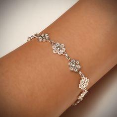Filigree Jewelry, Bead Jewellery, Silver Filigree, Jewelry Art, Antique Jewelry, Jewelery, Silver Jewelry, Jewelry Design, Tattoo Bracelet