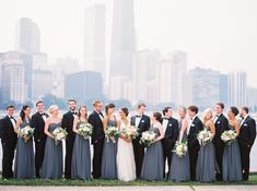 first look photos, chicago wedding, vintage wedding dress, lace wedding dress | thefoxandshe.com