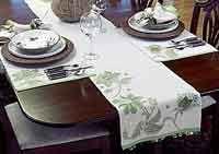 Floral Appliqu? Table Runner & Place Mats
