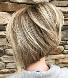 Latest bob hairstyles for thick #bobhairstylesforthick Bob Hairstyles With Bangs, Bob Hairstyles For Thick, Bob Haircuts For Women, Haircut For Thick Hair, Short Bob Haircuts, Modern Haircuts, Layered Haircuts, Gorgeous Hairstyles, Medium Hairstyles