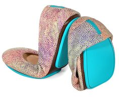Toscani Tieks - of course I fall in love with the most expensive flats in the world. Wonder if they are as comfortable as they look. Think they make a knockoff version?